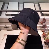 أزياء الصيف المرأة القش قبعة أزياء الشمس حماية الشاطئ القبعات شخصية واسعة بريم القبعات مع الشريط 21SS