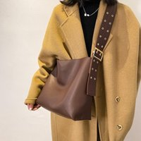 Bag Wide Women Solid SWDF Designer For Color Women's Trend Shoulder 2021 Composite Belt Leather Handbags Bucket Bijvl Arbqx