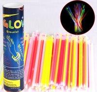 """Sticks Glow Sticks Suministros de fiesta a granel - Resplandor en el paquete de fiesta divertido oscuro con 8 """"Glowsticks y conectores para pulseras JLLLPPQ BDEFIGHT"""