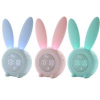Sevimli Karikatür Dijital Çalar Saat Ile LED Ses Gece Işık Taşınabilir Tavşan Şekli Masa Duvar Saatleri Ev Dekorasyon Çocuklar için 2000 mAh