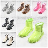 2021 Bottes de neige à moitié transparentes à moitié transparentes Étanche Femmes Bottes Classic Mini TPU Bottes d'hiver Designer Chaussures Black Vert Taille 36-39