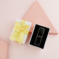 Caja de regalo de la caja de regalo de la caja de regalo de la caja de lápiz labial de papel Caja de regalo de la tienda de lápiz labial con el bowknot de Bowknot de San Valentín Regalo de cumpleaños Labios de regalo de regalo EEF3909