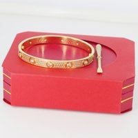Haute Qualité Rose Gold Gold Hommes Femmes Diamants Diamants Glafe Out Silver Designer Femmes Party Gift Bracelet Bracelet Bijoux Bracelet Bracelet