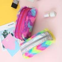 Arco iris Color Lápiz Pluma Caso Estudiante Plush Papelería de alta capacidad Damas Maquillaje Niños Bolsa de almacenamiento Bolsos de embrague Nuevo Patrón 7SM F2