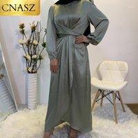 2020 Nuovo abito musulmano Abaya a Dubai Abbigliamento islamico per le donne Modest Moda Cravatta Abito in raso Turchia Medio Oriente1
