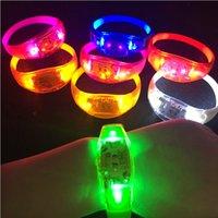 Light 7 Color Sound Control Control LED Lampeggiante Braccialetto Up Bangle Bracciale Bracciale Musica Attivato Night Light Club Activity Attività Festa Bar Disco Discoteche Giocattolo