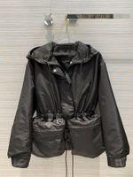 Milan Runway Coats 2020 Kapüşonlu Uzun Kollu Kadın Mont Tasarımcı Mont Marka Aynı Stil Ceketler 0919-2