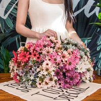 حرير أقحوان الزهور الاصطناعية 25 رؤساء زهرة فرع وهمية فلوريس الأزياء حديقة المنزل حفل زفاف الديكور 1