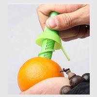 Zitronenspritzküche Küche Silastische Zubehör Frucht Limette Juicer Zerstäuber Tragbare Zitruskochen Gadgets Grüner Extraktor Heißer Verkauf 1 5cx G2