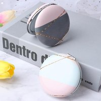 Espejos compactos 1pc Dibujos animados Anti-caída Portátil Pequeño espejo Muchachas lindas Pocket para herramientas de belleza