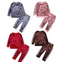 Дети дети зимний спортивный спортивный трексуит из двух частей бархатных нарядов унисекс 80-120 пуловер толстовки топ брюки спортивная спортивная спорная одежда одежда Pajamas Ly11261