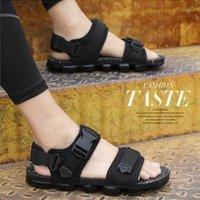 Sandales pieds nus hommes Pantoufles Chaussures d'été Hommes Jardin Homme Jardin Homme Sandal anti-dérapage résistant à l'usure Sandalie Gladiadora1