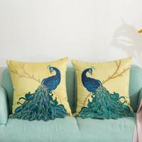 Cojín / almohada decorativa Satins Tirado Cubierta China Estilo A Mano Aplique Sofá 3D Bronce Peacock Funda de almohada Sofá Decoración Cushio