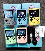 탑 좋은 휴대용 마카롱 핸드 헬드 게임 콘솔 복고풍 비디오 게임 플레이어는 1 게임 8 비트 3.0 인치 다채로운 LCD 크래들에 500을 저장할 수 있습니다.