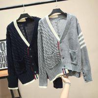 럭셔리 디자이너 브랜드 여성용 니트 스웨터 V 목 빈티지 비대칭 양모 니트 카디건 스웨터 LJ201114