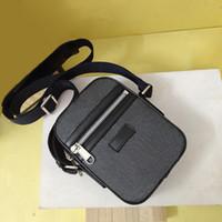 Sac à bandoulière classique Mini à bandoulière en cuir véritable sacs à main en PVC de Messenger sacs de messager 14x17.5x5.5cm Sacs de fasion à bandoulière