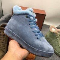 مصمم السامي الأعلى الفراء المفتوحة مسافة الصوف الثلج أحذية نسائية الأزرق الأسود دافئ الفراء ريال شقة في فصل الشتاء أحذية امرأة الجديدة نوع الجلد المدبوغ أحذية الكاحل للنساء