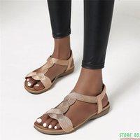 Sandalet 2021 Yaz Kadın Flats Rahat T-Strap Gladyatör Moda Bling Altın Gümüş Örme Plaj Düz Ayakkabı Zogeer