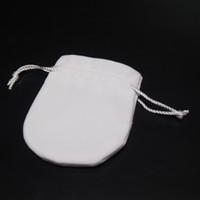 Inizia 100 pezzi di sacchetti di gioielli Borse Bianco Velvet per Pan Charm Bead Braccialetto Bracciale Collana Fashion Display Packaging