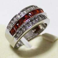 Dimensione 8-12 Gioielli di moda Gioielli antichi Uomo Garnet Diamonique CZ Diamond Gemstone 10kt Bianco oro riempito anello di nozze GIF 54 L2