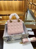 Famoso designer di lusso Princess Lady Donne Fashion Vintage frizione borse a frizione rimovibile Badge Broadband Broadball in vernice in pelle con frizione in vernice
