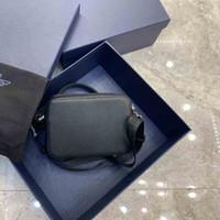 2020 Últimas Bolsa de Câmera Dupla Zíper Bag Oblique Retro Impressão Padrão de Cabeça de Vaca Moda Bag Messenger Bag Messenger Casual e Moderno