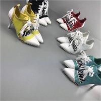 Новое Сладкое Прибытие Цветовые бомбы Женщина Вязаные Вязаные Дышащие Поверхностные буквы Письма Высокие каблуки 7.5 Обувь для кроссовки Обувь 5LW0