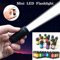 12 색 휴대용 미니 손전등 USB 충전식 키 체인 LED 작은 손전등 강한 빛 방수 여행 전기 토치
