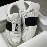 رجل إمرأة calfskin vl7n حذاء رياضة الأحذية المتضخم عاكس المدرب شقة أسود أبيض حقيقي جلد عارضة الأحذية مع مربع