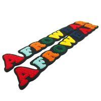 패치 수 놓은 패치 배지 셔닐 문자로 배지 봉제 도구는 색상 및 크기로 사용자 정의 할 수 있습니다