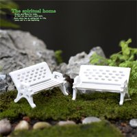 Oggetti decorativi figurine 2 pz sedia bianca bambola casa miniature bella carina fata giardino gnome muschio decorazioni di terrario artigianato bonsai fai da te