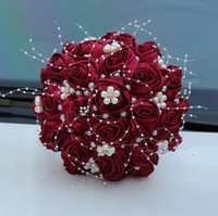 Bellissimo nastro satinato rose bouquet da sposa bouquet di perle cristallo fiori da sposa falso 7 colori matrimonio mazzi per le donne