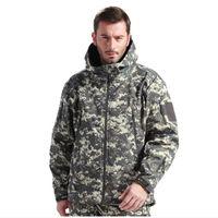 Chaquetas al aire libre 2021 Sport Hiiking Jacket Men Tad Gear Tactical Softshell Camuflaje Ejército Impermeable Ropa de caza