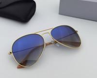 Klassische Pilot Männer Frauen Sonnenbrille Metallrahmen Gradientenglaslinse 58mm 62mm .Suitable Strandschattierung, Fahren, Angeln. mit Accessoires Ledertasche