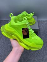형광 녹색 Luxurys 디자이너 신발 트리플 s 망 신발 Chaussures d 'Extérieur 패션 디자이너 신발 맑은 단독 스타일 32