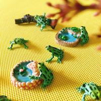 Oggetti decorativi Figurine 10 pz / Verde Nero Dots Rana / Bambola Casa // Miniature / Carino / Giardino carino GNOME / Muschio Decorazioni per terrarium / artigianato / Bonsai