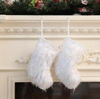 Chaussettes de Noël Blanc Longue Peluche Stocking Enfants Cadeaux Sacs Arbre Pendants suspendus Retro Santa Christmas Chaussettes Beaux Ornements IIF4550
