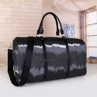 louis vuitton lv NOUVEAU Mode Hommes Femmes Sac Sac Duffle Sac à bagages Sacs à sacs à bandoulière de grande capacité 55cm
