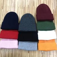Мода мужские женские дизайнерские шляпы высочайшего качества вязаный череп шапки вышивка значок открытый спортивный шерстяной шляпа женщин повседневные шапочки
