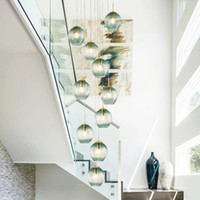 2021 Foyer soplado Largo Burbuja Redondo Bola de vidrio Espiral Escalera Decorativa Vidrio Moderno LED LED Lighting
