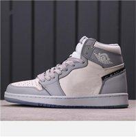 2021 Novo Frete Grátis Frete GRÁTIS HIGHT Sapatos masculinos Mulheres High-top Sports Outdoor Sneakers Tamanho EUR 36-46 01