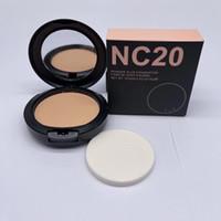 Новый M @ C Face Powder 15G Powder Plus Foundation Водонепроницаемый макияж 12 Цвета с розничной упаковкой NC20 - NC58 Быстрая доставка по DHL