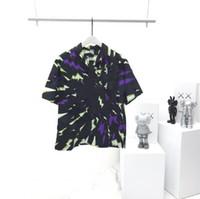 Fashion- Camisa longa dos homens T-shirt longa impresso escuro jacquard de manga curta t-shirt letra logotipo mesmo para homens e mulheres 04