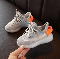 Hiphop Brand Kanye West Shoes For Boys Girls Teens Active Traspirable Scarpe da corsa EUR 22-31 per bambini Designer Sneakers