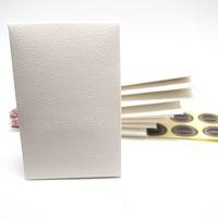 Démarrer 20pcs Sample Mini Blanc Paper Box Paquet Sac-cadeau pour Pan Charm Collier Collier Boucles d'oreilles Bague Pendentif Bijoux Emballage