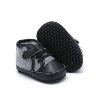 Baby First Walkers Designer Newborn Heart Stampa Sneakers Scarpe Casual Scarpe casual Soft Sole Prewalker Infant Baby Sports Scarpe