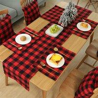 chirstmas 격자 무늬 테이블 placemat 레드 블랙 화이트 블랙 2 색 칼 붙이 패드 축제 파티 장식 식탁보 매트 뜨거운 판매 4 2JH L2