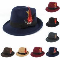 Fedora jazz sombreros imitación lana tela hombres mujeres gorros gentleman formal deformando el borde de la breza de la pluma con la pluma con la pluma del gorro