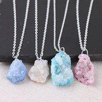 Pendentif en cristal de quartz en pierre naturelle irrégulière Collier drusy druzy Silver Color Chain Collier pour femmes