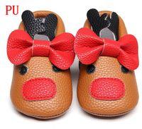 Hongteya рождественские горячие продажи уникальный стиль искусственная кожа новорожденных мокасины мягкие подошвы детские туфли милый красный стиль лука